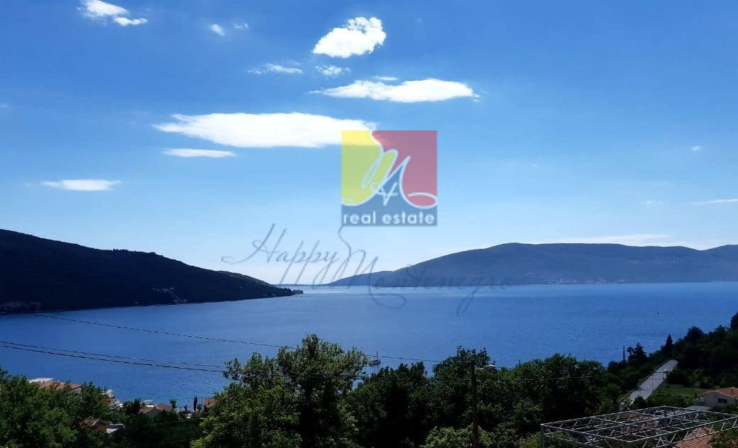 Happy-Montenegro-dom-s-vidom-na-more5