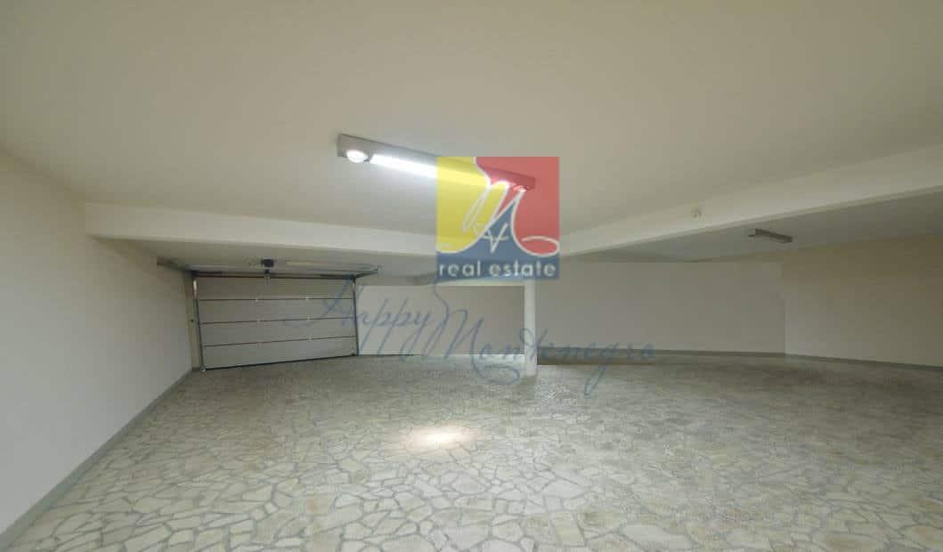 HappyMontenegro-villa-garaz