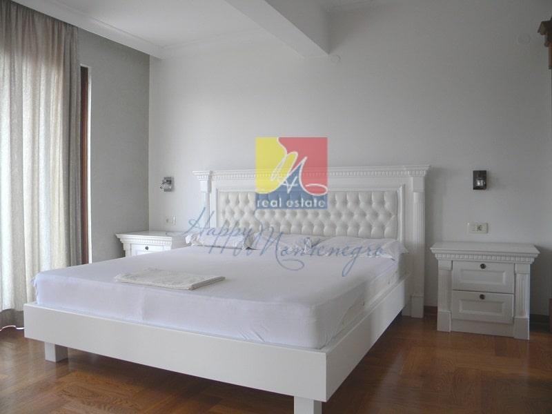 HappyMontenegro-villa-spalnya3