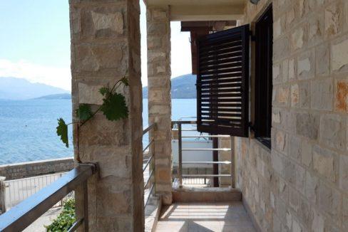 куплю дом на берегу моря в черногории