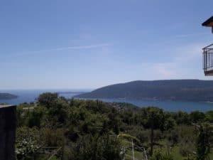 Дом в Черногории с видом на море