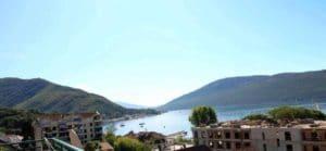 Квартиры на берегу моря черногория