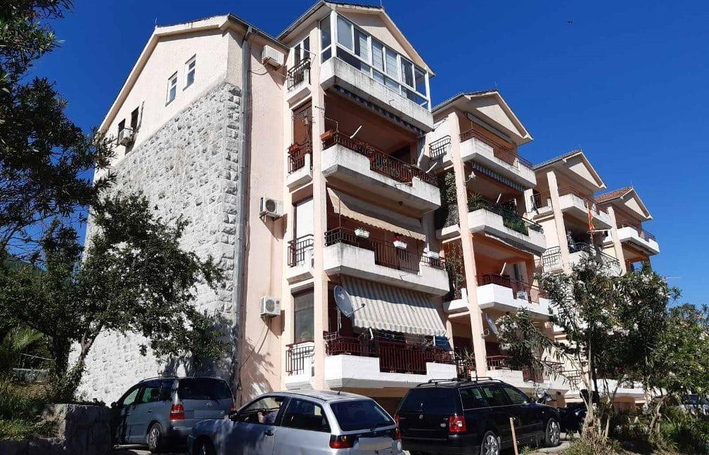 kvartira-chernogoria-kumbor-fasad