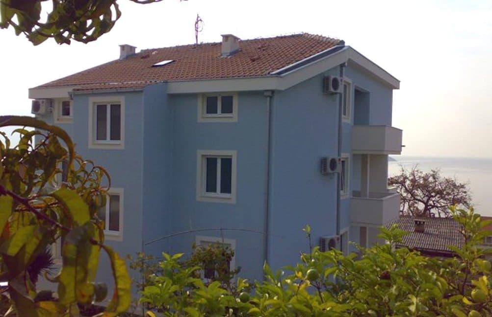 kvartira-na-more-dom
