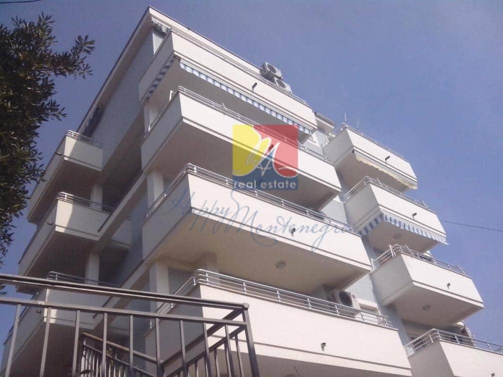 Квартира с видом на море в Херцег Нови