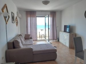 квартира в черногории у моря цена