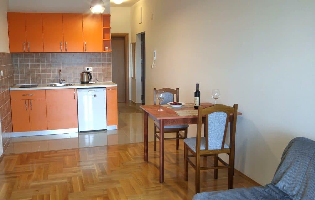 apartamenti-s-vidom-na-more21