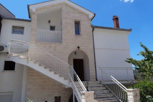 дом в черногории вид на море