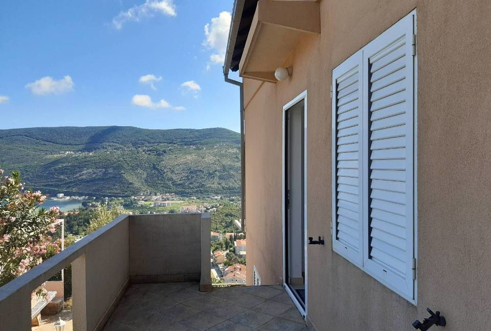 happy-montenegro-dom-na-more3