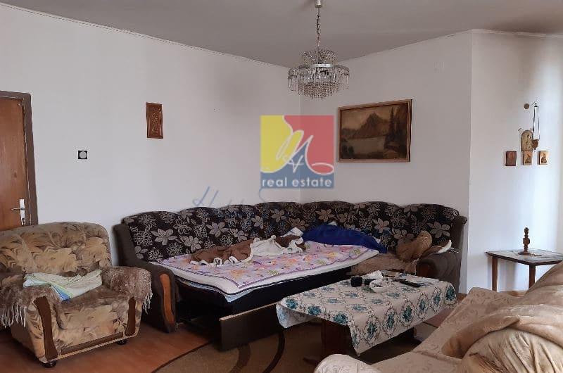 Montenegro-dom-v-chernogorii5