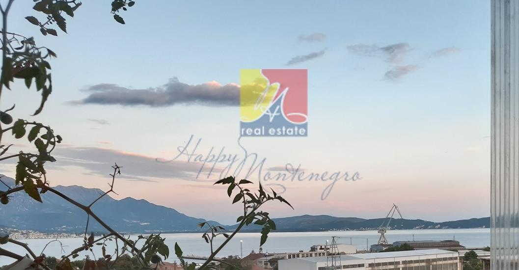 montenegro-kvartira-s-vidom-na-more9