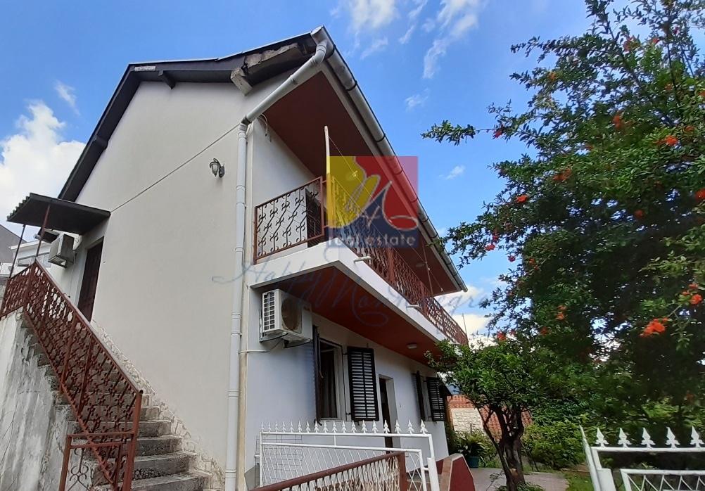 Дом у моря в Херцег Нови