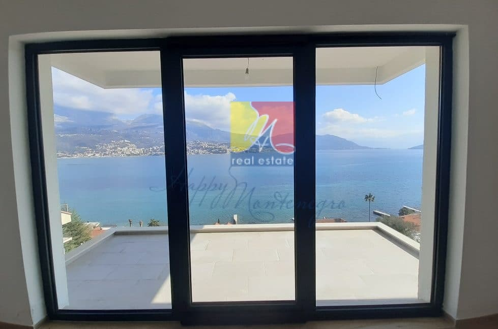 great-seaview-flat-happymontenegro24