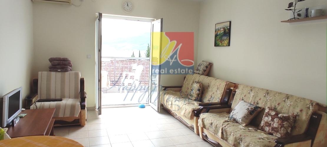 happymontenegro-seaview-flat2