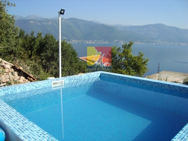 вилла-в-черногории-happymontenegro14